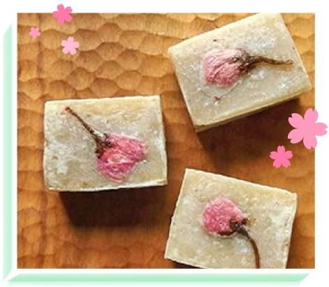 白小豆の桜きんつばイメージ