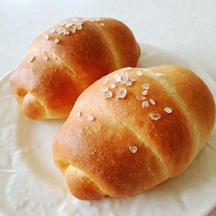 きび砂糖を使った塩パン