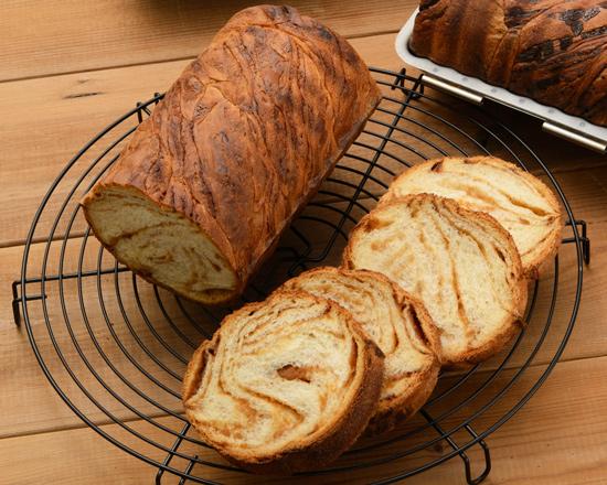 メープルのマーブルパン