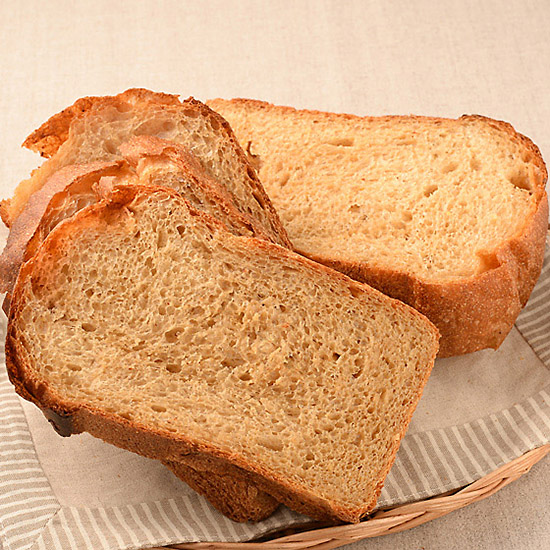 もちきびの黒糖パン
