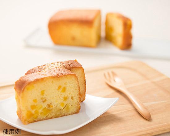 ブリキパウンド型で焼いたパン