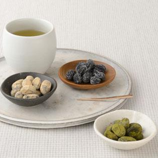 緑茶と抹茶しぼり豆