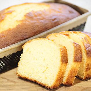 焼きたてパウンドケーキ