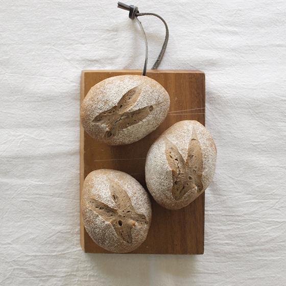 スパイスとライ麦のパン