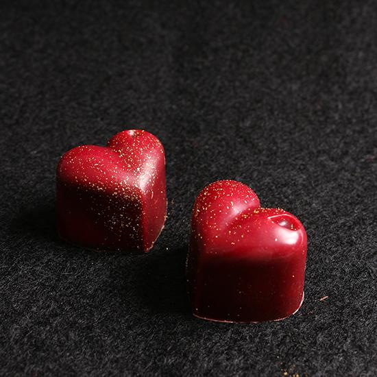 真っ赤なチョコレート