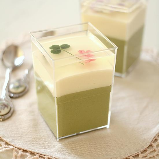 春の緑茶とアーモンドのムースカップ