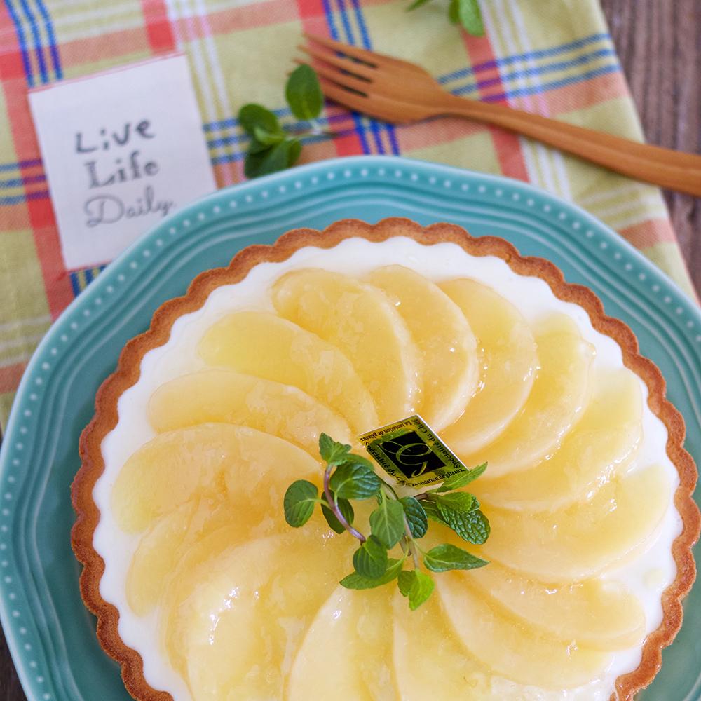 白桃のレアチーズケーキタルト