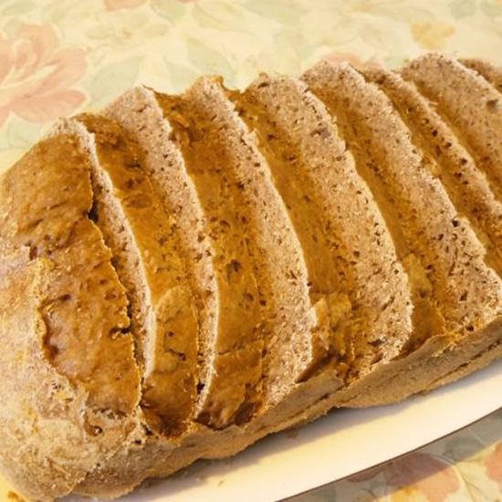 ライ麦と茶葉の黒パン byゲルステ・ロッゲン