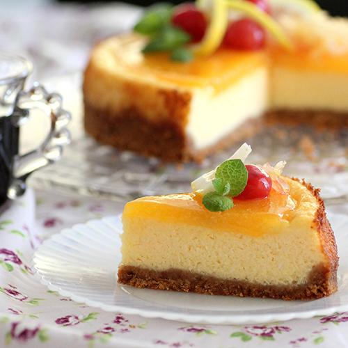 ビスケットチーズケーキ カスタードレモンソース