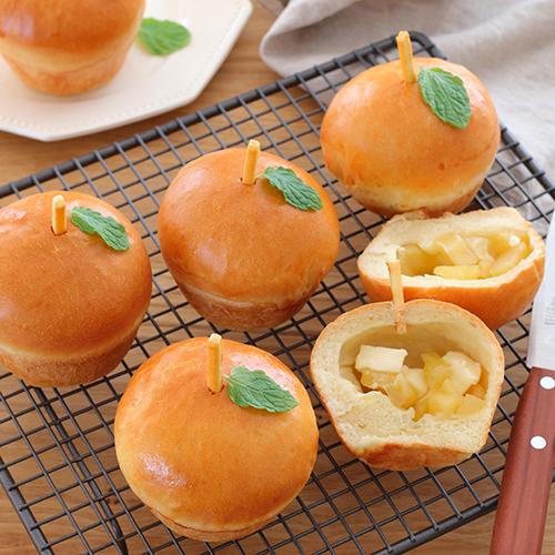 林檎とクリームチーズのパン