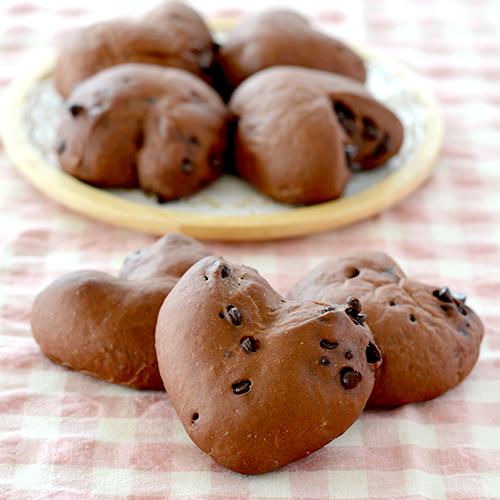 ハートのチョコチップパン