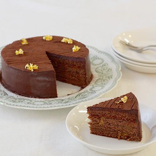 アプリコット風味のチョコレートケーキ