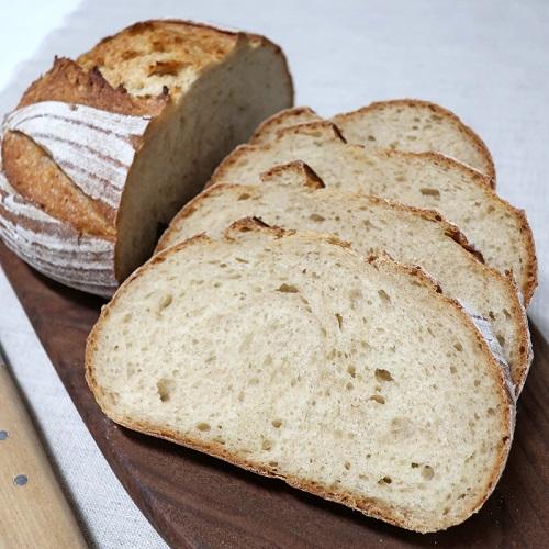 定番のパン・ド・カンパーニュ