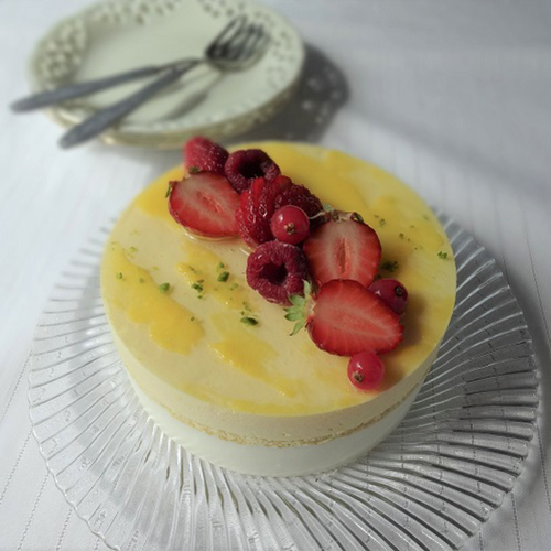 シテ (レモンとクリームチーズのムース)