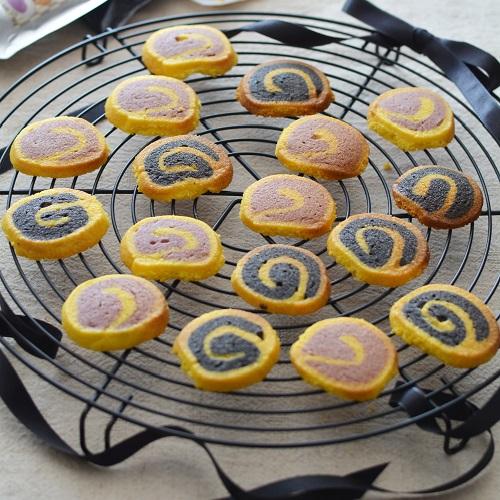 2色のくるくるクッキー