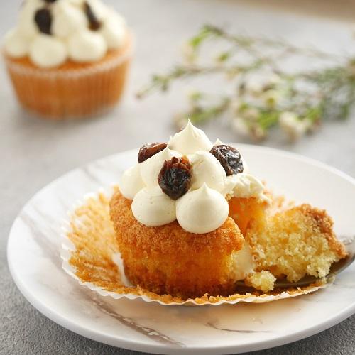 レーズンバターサンドカップケーキ