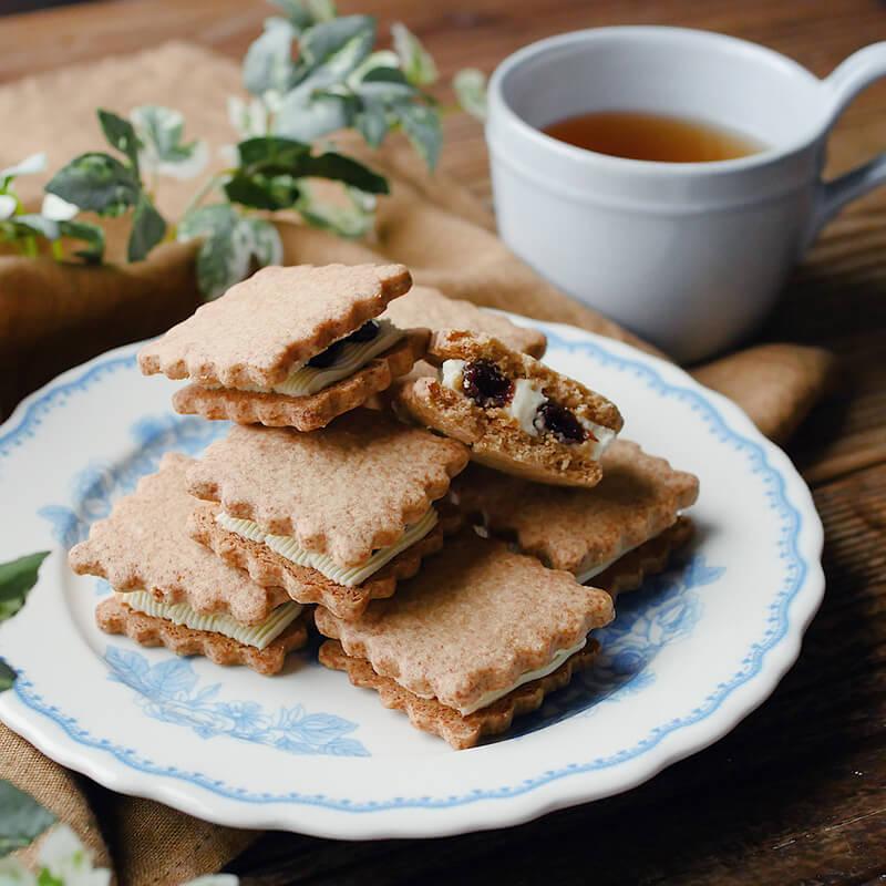 低糖質ミックス使用。香ばしレーズンサンドクッキー