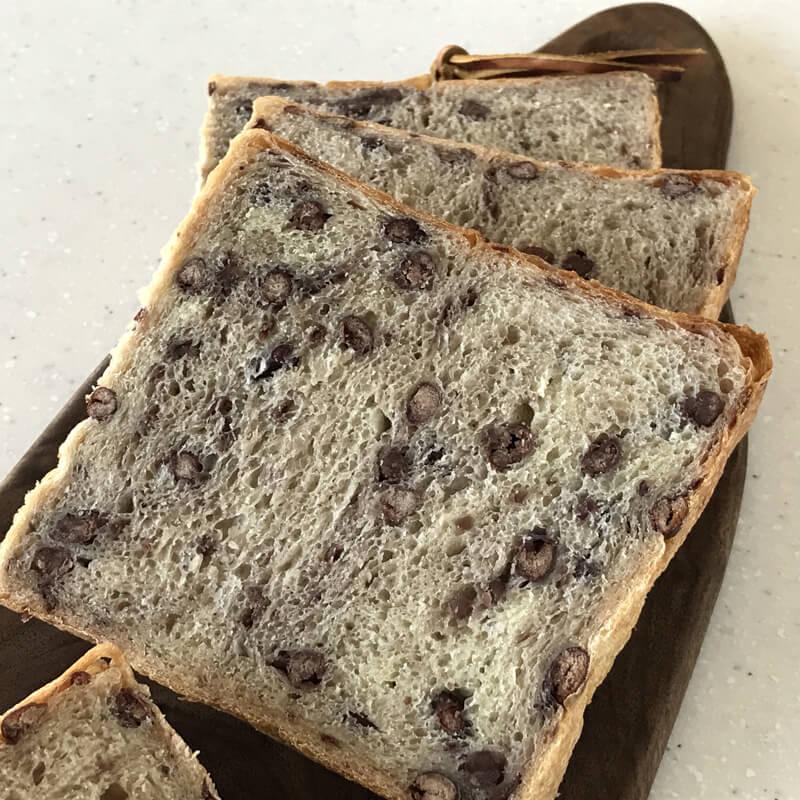ホシノ酵母で作る プレミアムリッチ小豆角食パン 手ごね編