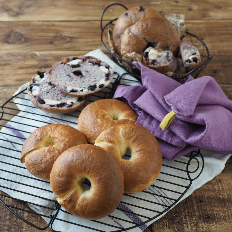 発酵なしで簡単!もっちりベーグル〜プレーン&ブルーベリー