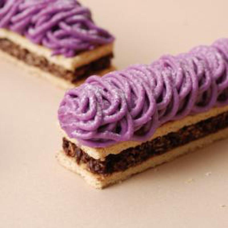 紫いものスティックモンブラン