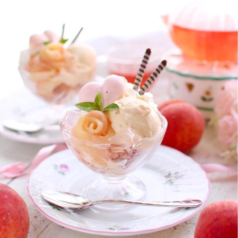 桃のミニパフェ