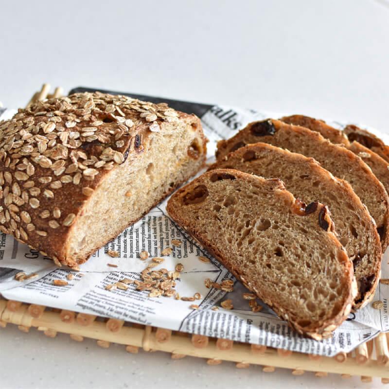 ホシノで作る マルチシリアルとフルーツの腸活パン