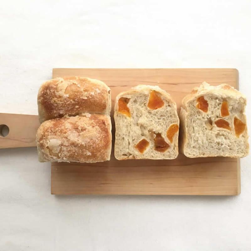 レモンとあんずのパウンド食パン