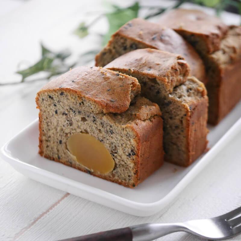 【低糖質レシピ】栗と黒胡麻の低糖質パウンドケーキ