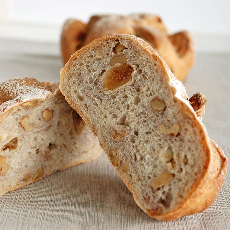 フィグ・ノア いちじくと胡桃のパン