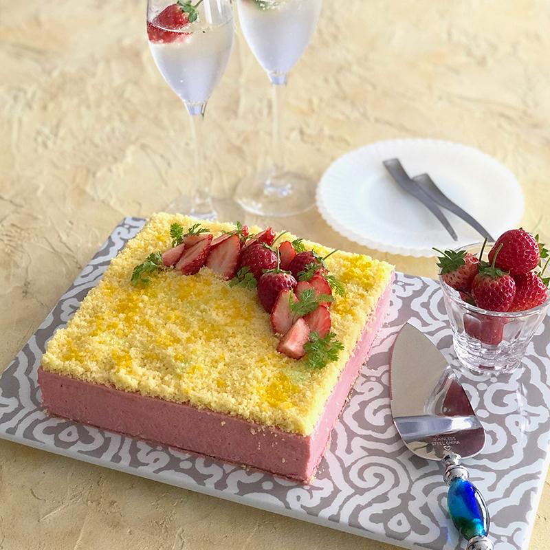 苺ムースミモザケーキ