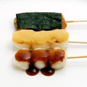 道明寺粉で作る、かわり串だんご