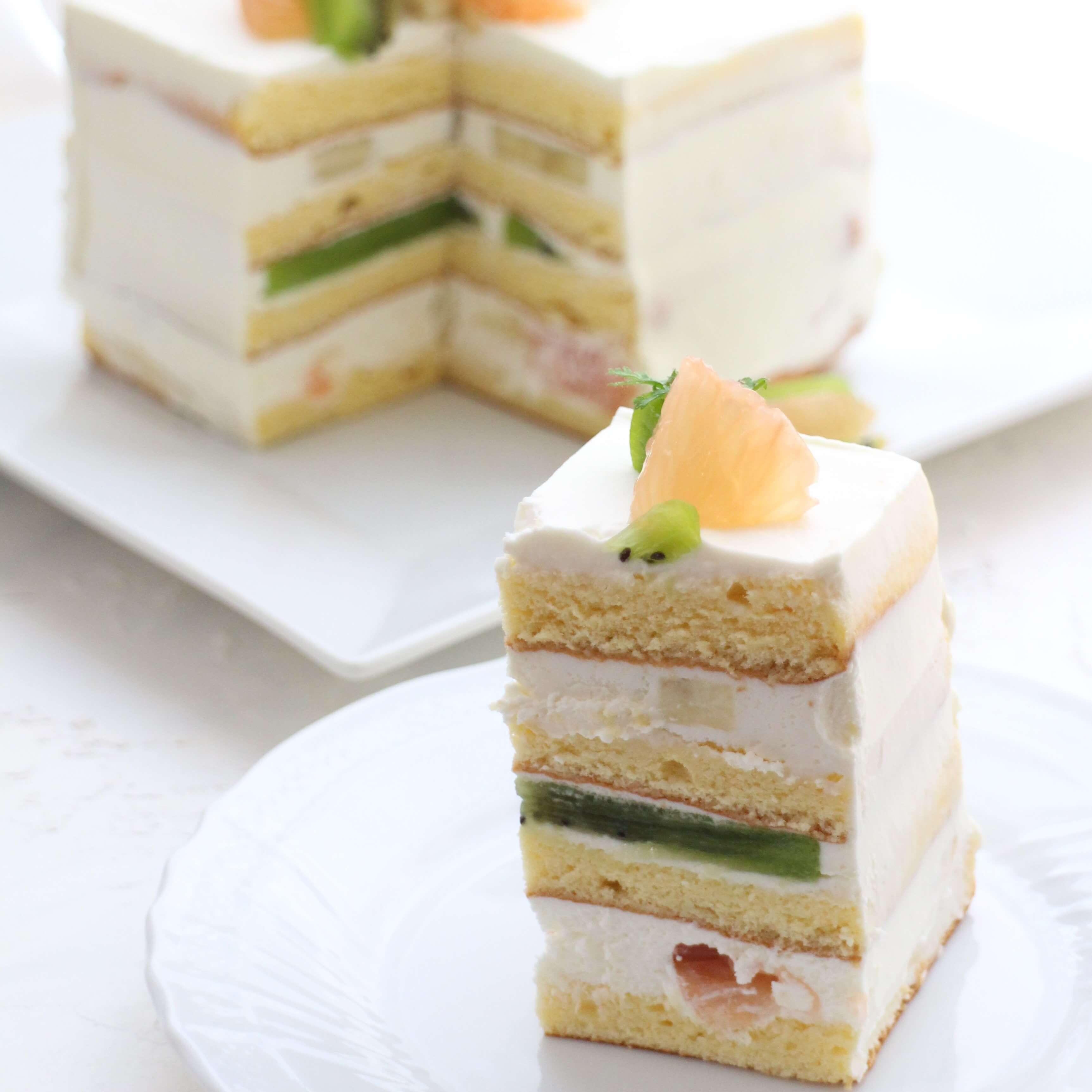 サマーフルーツのレイヤーショートケーキ