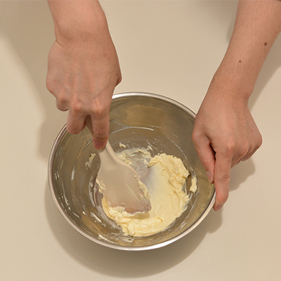 レアチーズ生地 1