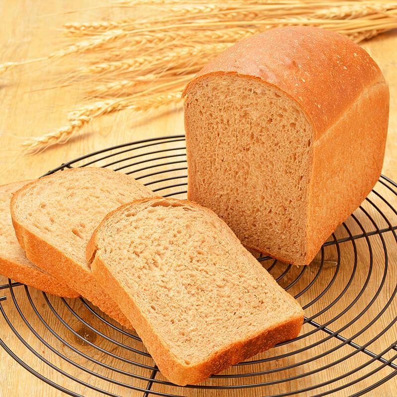 全粒粉100%で作る 基本の食パン