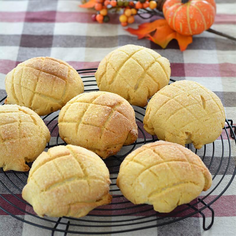 こんがりかぼちゃメロンパン