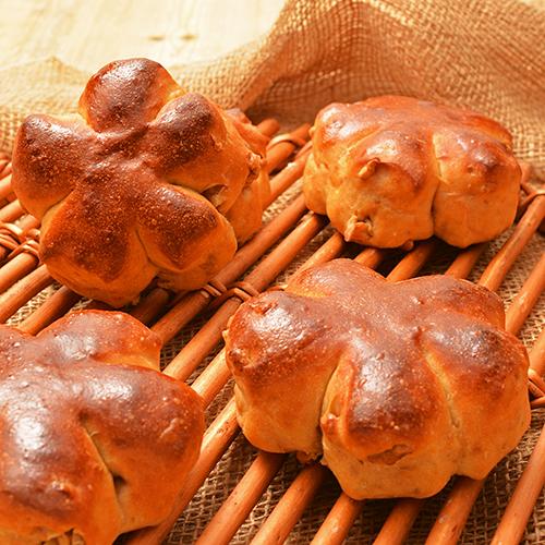ふすまパンミックスを使ったしっとりクルミパン